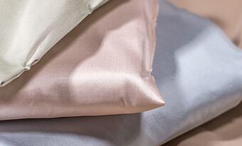 Hedvábný povlak na polštář – jaké hedvábí je nejlepší?
