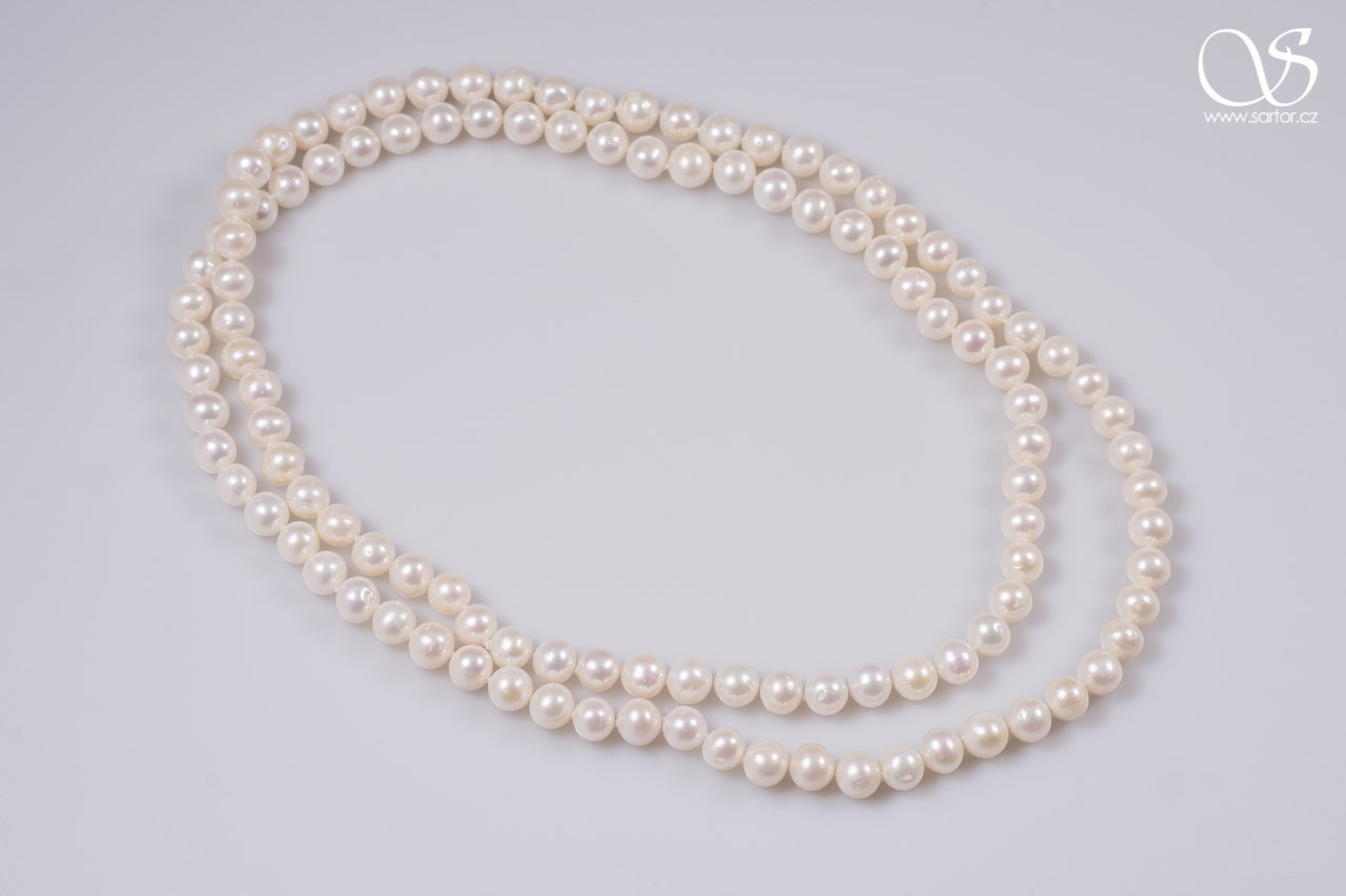 Long Necklace, Medium Round Pearls, white