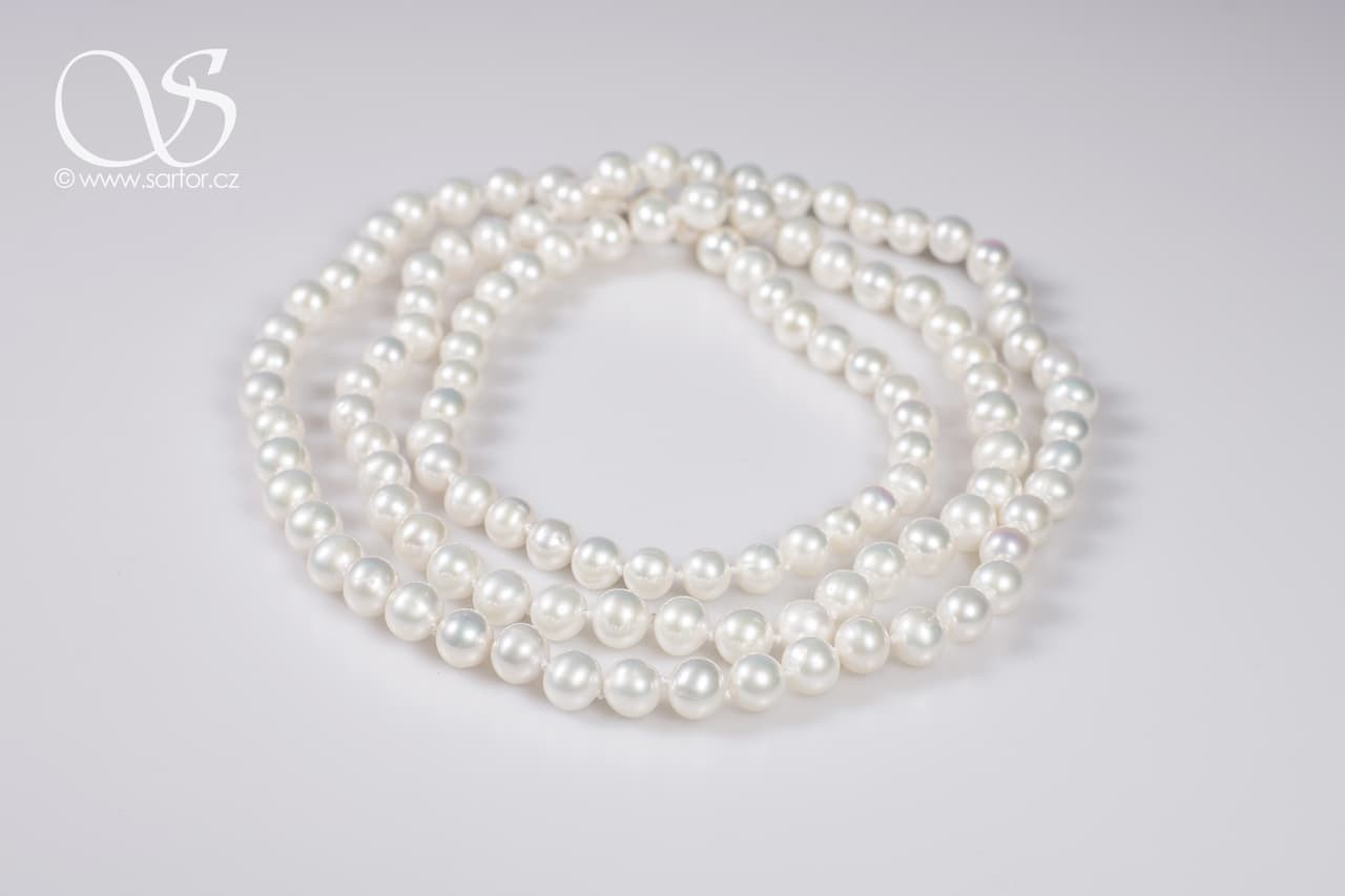 Long Necklace, Medium Round Pearls