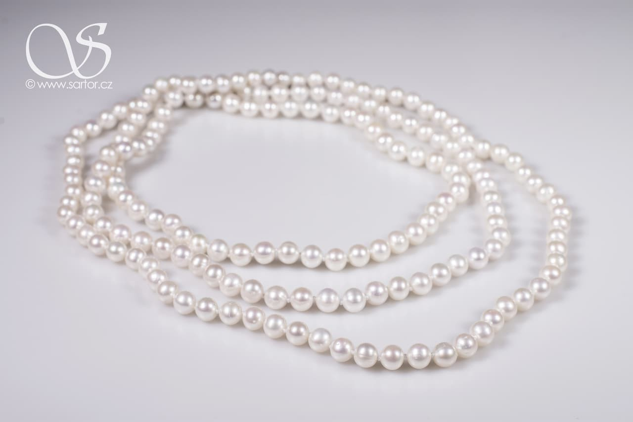 Extra Long Necklace, Medium Round Pearls, white