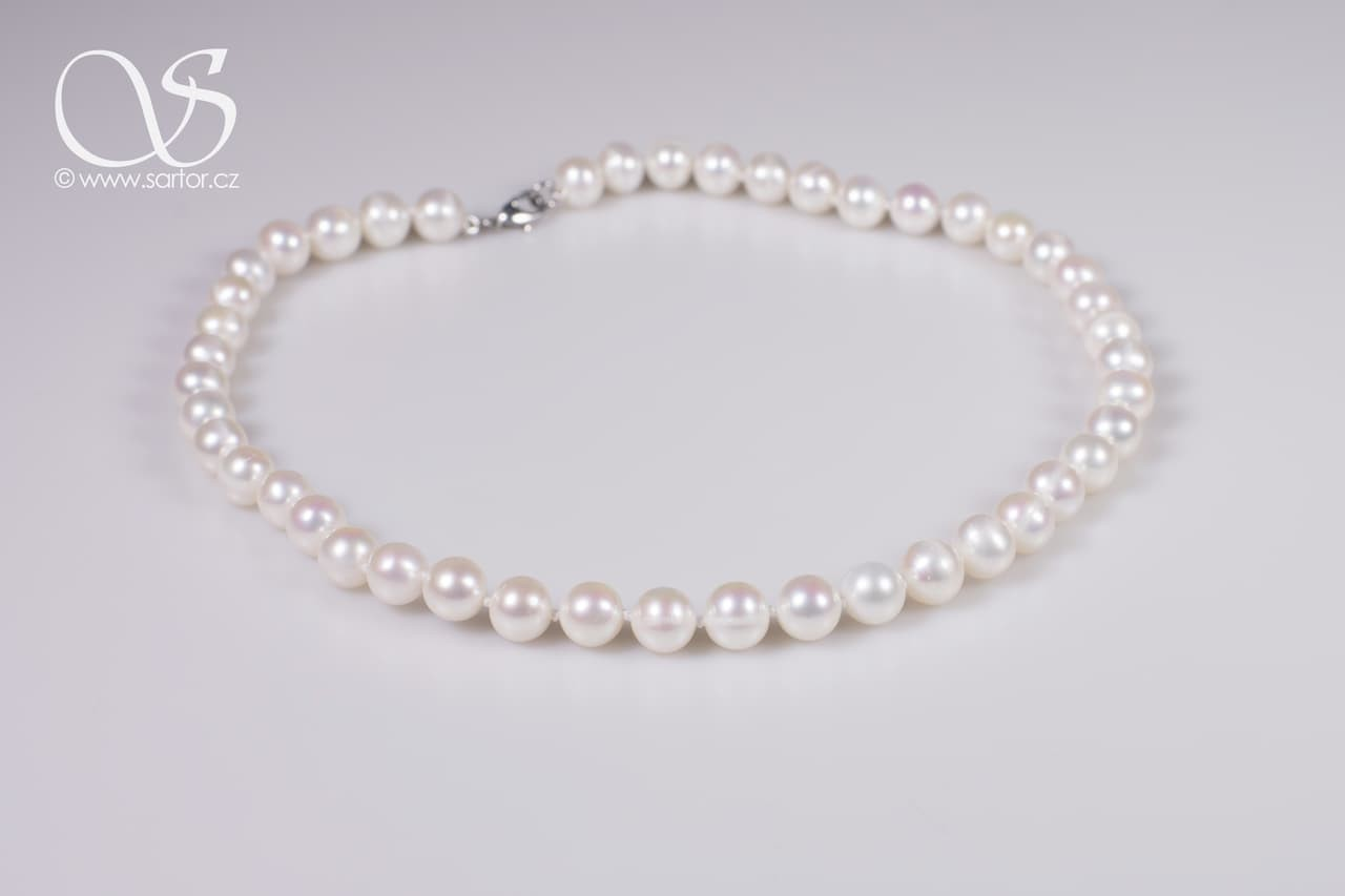 Necklace, Big Round Pearls
