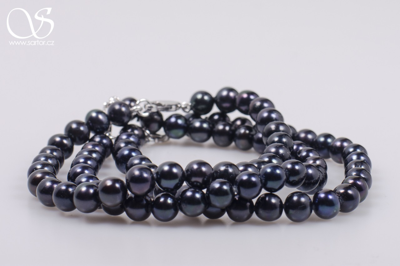 Bracelet, Small Round Pearls