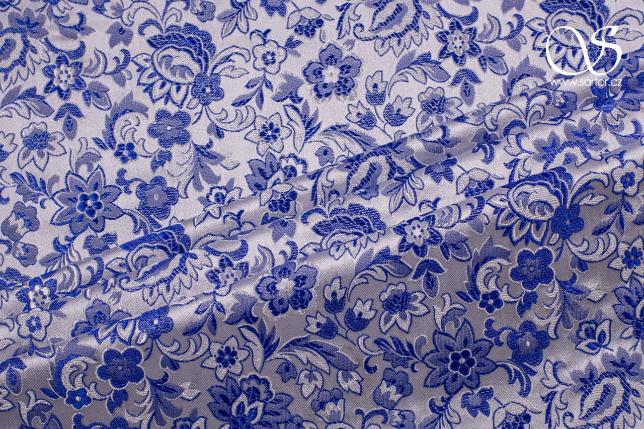 Brocade Tradition, White and Blue