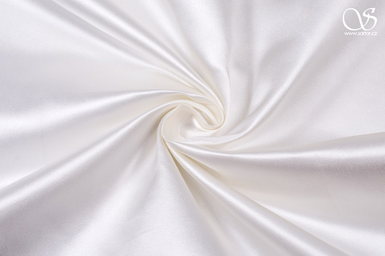 Silk duchesse satin, pure white