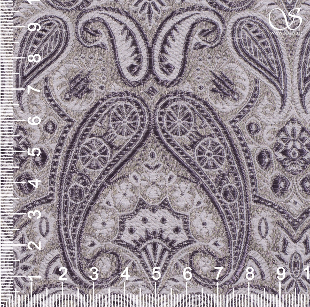 Brocade of the Duke, grey and white