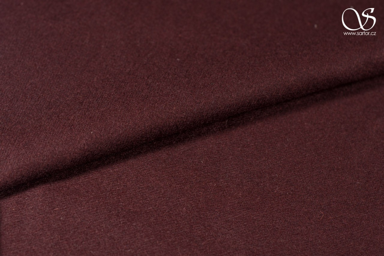 Wool, wine red